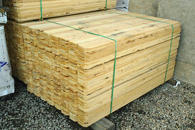 1x6x6 Pecky Cedar Fence 416 PC pallets $350 Tax Included